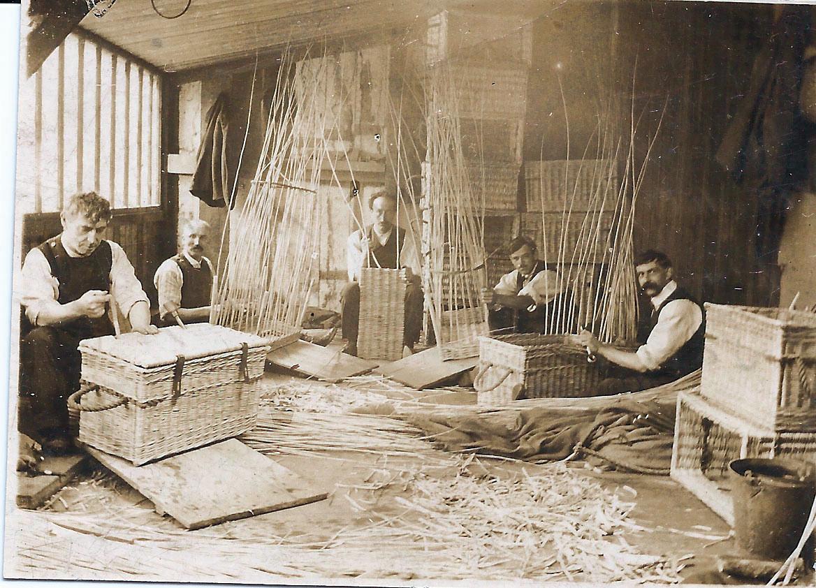 Basket Makers Workshop in Westbury, Sherborne. ©Sherborne Museum