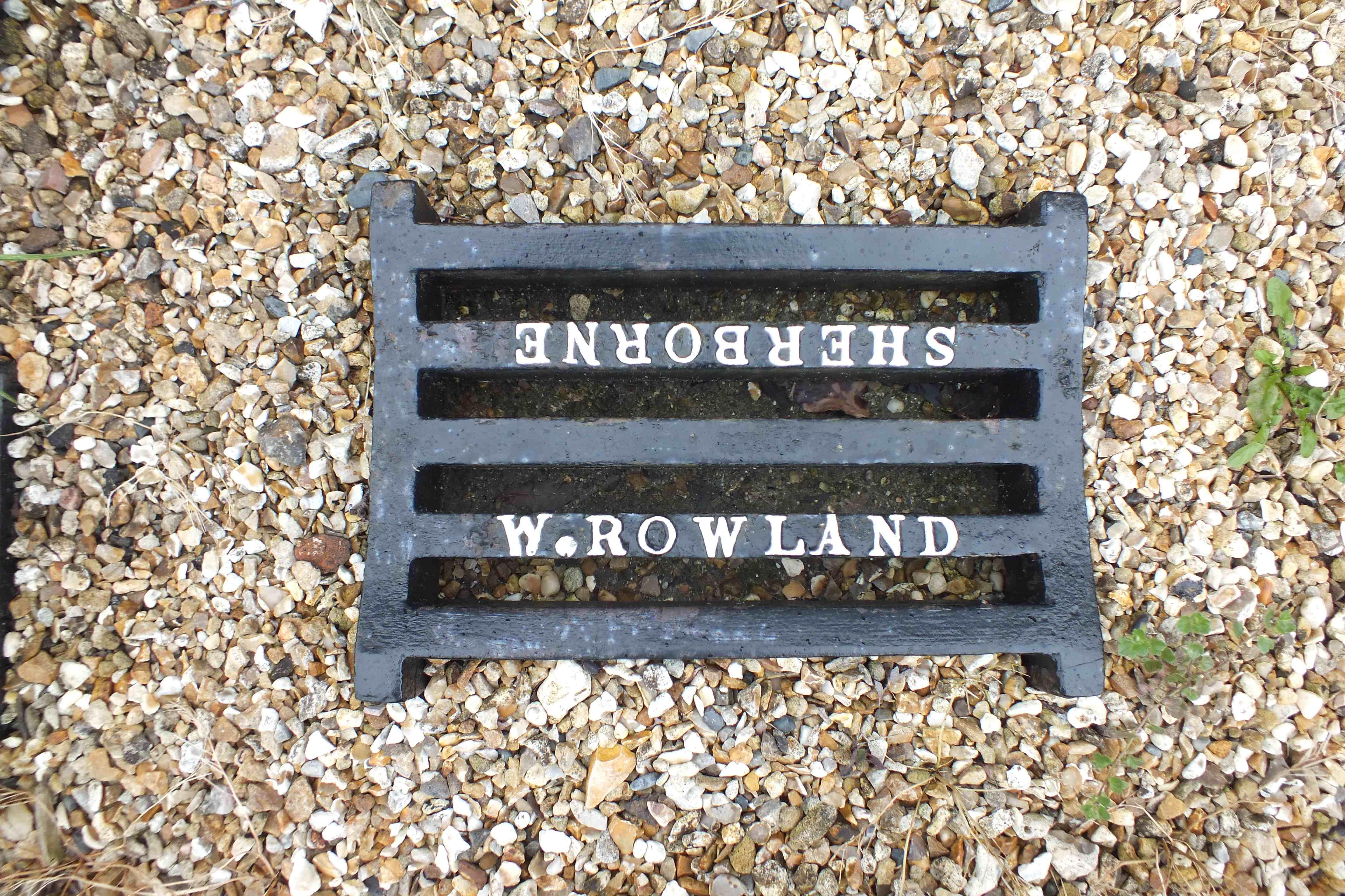 Rowland gratlng low